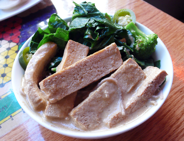 weekday special bowl: sliced western tofu, soba noodles, tahini, greens and broccoli