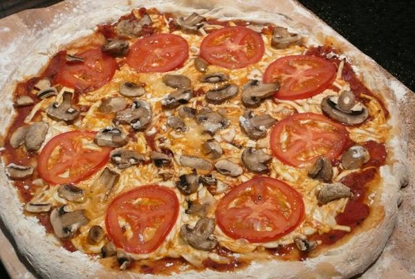Пицца с фаршем и сыром с фото | Рецепт пиццы с фаршем и ...