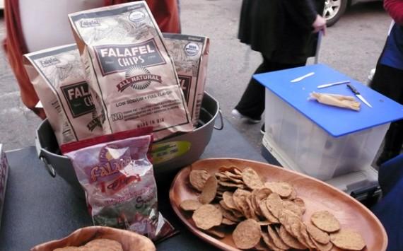 locali-falafel-chips