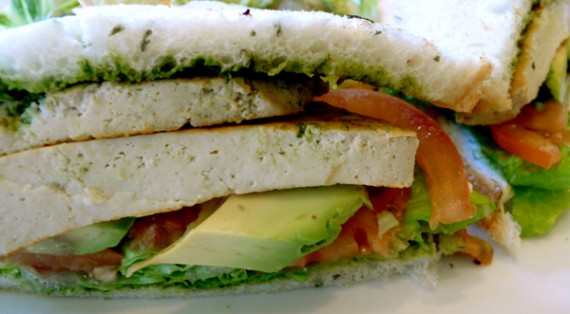 manis-pesto-sandwich-cu