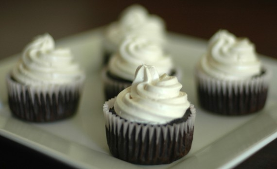 c'est la v vegan cupcakes: moist, delicate cakes topped with fluffy, creamy frosting. (chocolate cake with vanilla frosting pictured) $3.25 each