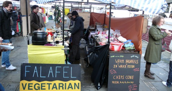 falafel-queen-line