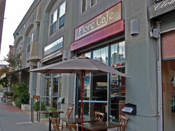 flore-cafe-ext-570x426