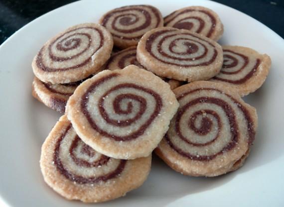 pinwheel-cookies-570x416