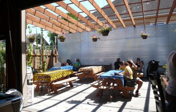 mash-tun-patio