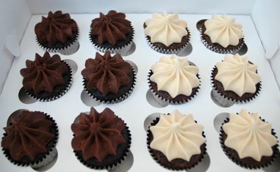 C'est La V Bakeshop Cupcakes