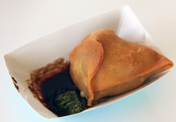 vegan samosa from dosa truck